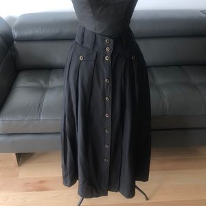 Dresses & Skirts - Nwot vintage skirt